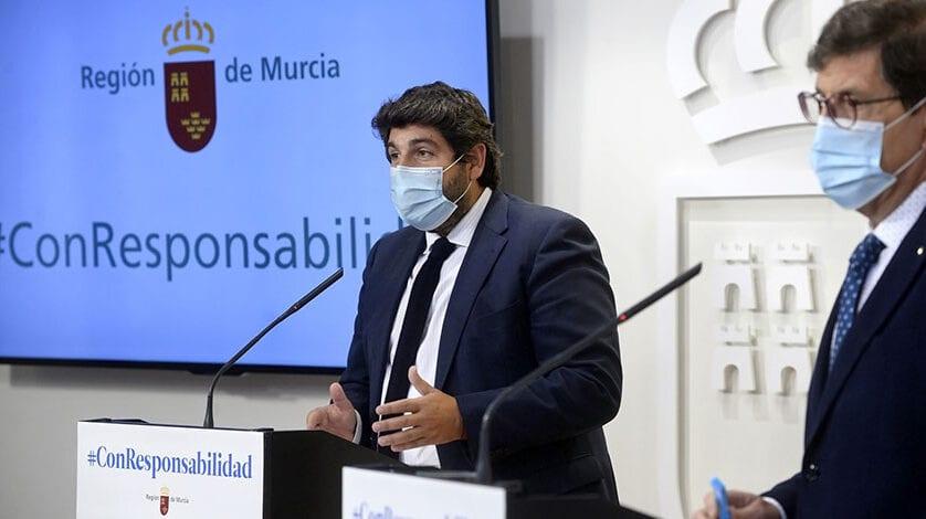 """López Miras anuncia 5 millones de euros en ayudas """"para cubrir tasas locales y costes fijos que asfixian en estos momentos a la hostelería"""""""