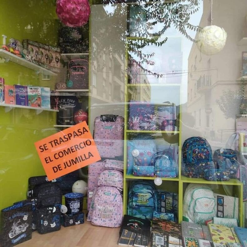 Los comercios apoyan la campaña reivindicativa de la hostelería de Jumilla