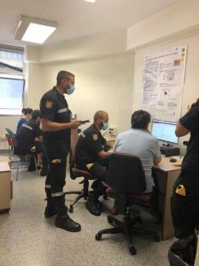 Miembros de la UME en formación para labores de rastreo de casos COVID