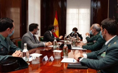 Un protocolo entre CECRV y Guardia Civil refuerza la lucha contra el fraude en el sector del vino