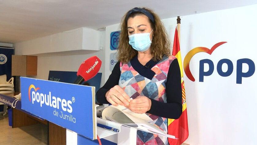 Un informe jurídico da la razón al PP sobre la extralimitación de funciones de la alcaldesa en las sesiones de pleno
