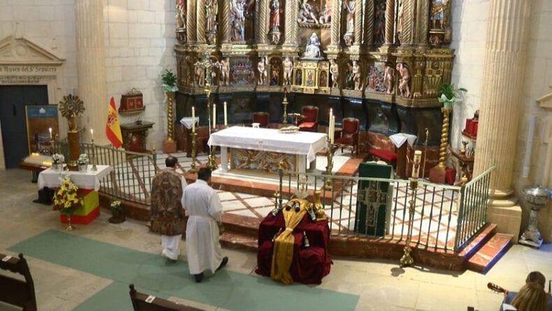 La misa en honor a la Virgen del Pilar se pudo seguir en directo por Telejumilla