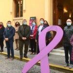 Claveles rojos para las víctimas de la Violencia de Género