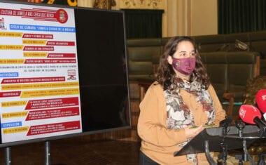 La concejala de Cultura, Pilar Martínez, presenta varias actividades para disfrutar online