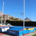 La Concejalía de Deportes incorpora el saltómetro al equipamiento de la pista de atletismo