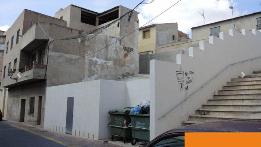 IU Verdes demanda la confirmación de que el Ayuntamiento cobró las obras que ejecutó subsidiariamente en un solar en Jumilla