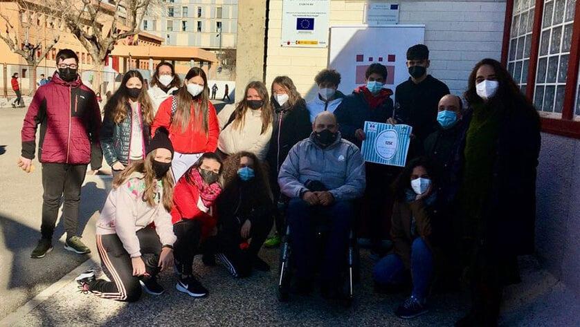 Unas navidades muy solidarias en el IES Infanta Elena