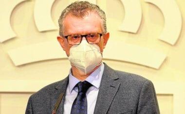 La consejería de Salud pide que las mascarillas dejen de ser obligatorias en el exterior a partir del mes de julio