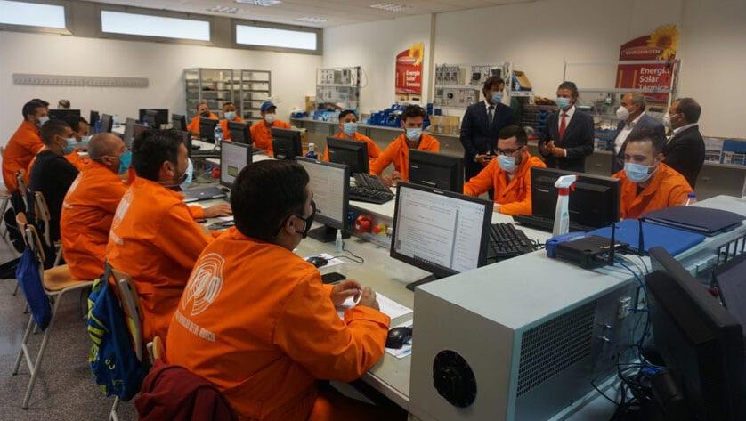 El SEF programa 151 cursos en febrero para formar a 2.293 desempleados y ocupados