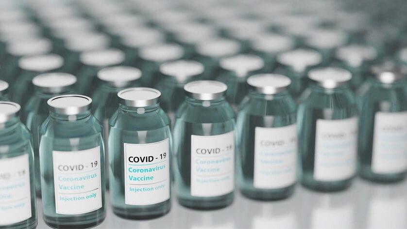 Educación y Salud trabajan en el protocolo para vacunar a trabajadores de los centros educativos