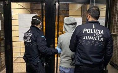 Un individuo es detenido dos veces en 48 horas por intento de robo con fuerza