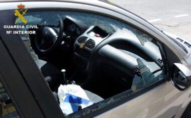 La Guardia Civil detiene en Jumilla a un delincuente por una quincena de robos en vehículos