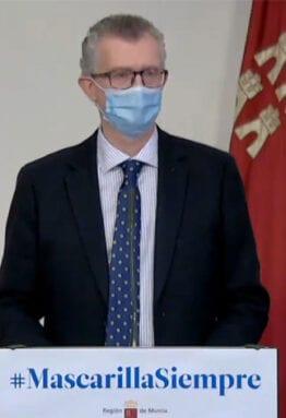 El consejero de Salud, Juan José Pedreño, en la comparecencia de esta mañana