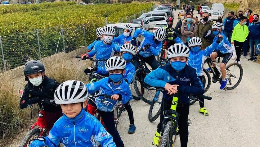 La Escuela de Ciclismo y el Club Jumilla BTT vuelven a la competición