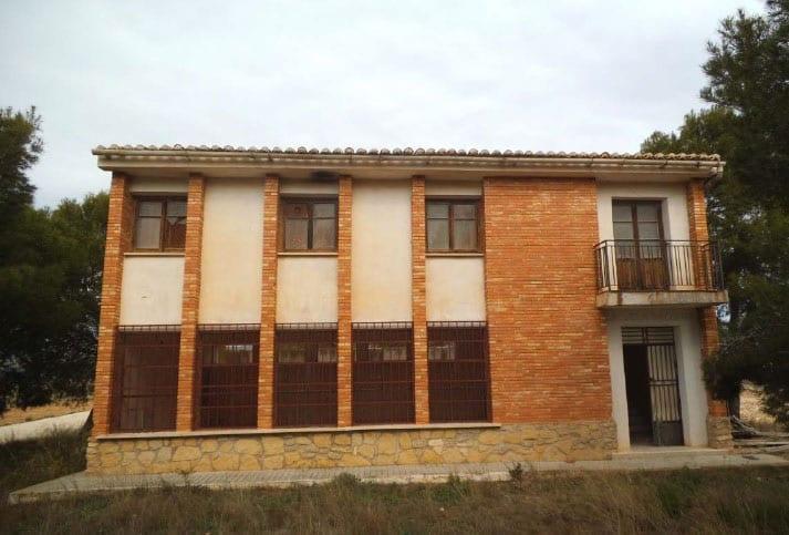 Antiguo colegio de la pedanía de La Raja