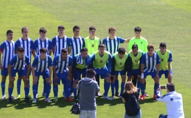 El equipo de Liga Nacional de la Escuela de Fútbol cierra la liga regular con un empate