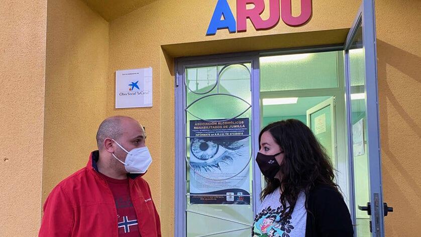 ARJU atiende anualmente a más de medio centenar de personas a través del proyecto 'Rehabilitación en adicciones'