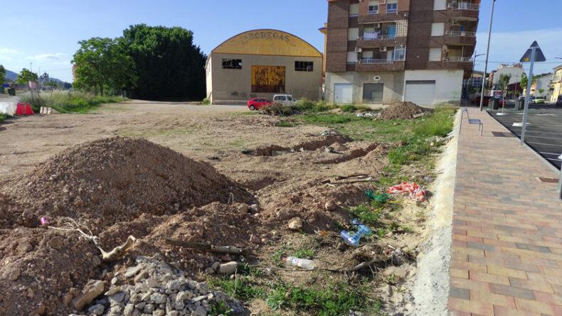 Inaugurada la remodelación sin retirar los escombros
