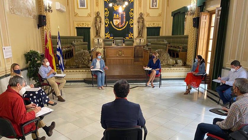 La Red de Desarrollo Rural de la Región de Murcia celebra una reunión en el Ayuntamiento de Jumilla