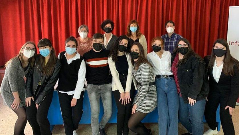 Los alumnos de 2º Bachillerato de Investigación del IES Infanta Elena superan con nota sus proyectos de investigación