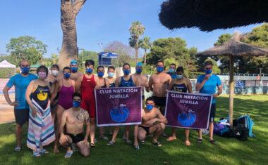 El Club Natación Jumilla suma 27 medallas en el V Campeonato Regional Máster