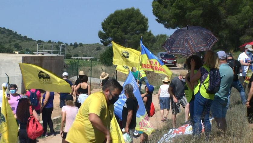 Cientos de personas acuden a la marcha reivindicativa a la lechonera de La Celia