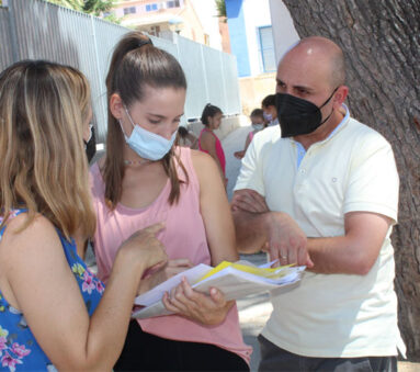 El concejal de Política Social ha visitado al grupo del CEIP Miguel Hernández