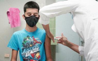 Con el mes de agosto comienza la vacunación a los niños y jóvenes de entre 12 y 19 años de la Región