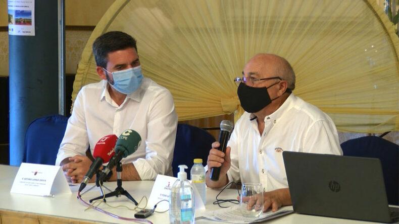 Apertura de la jornada por parte del consejero de Agricultura de la Región de Murcia, Antonio Luengo Zapata