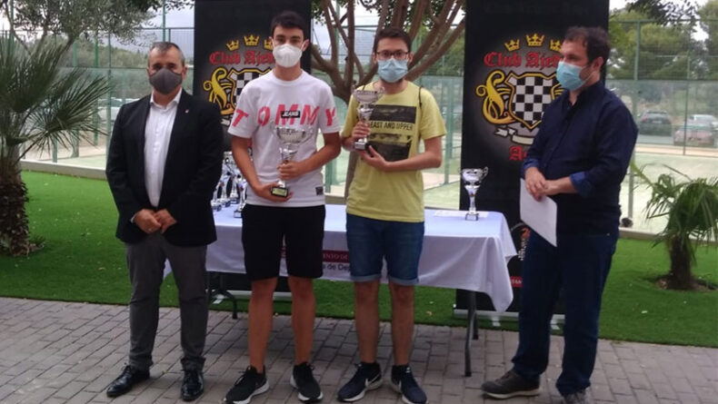 Juan Vicente Disla fue el segundo mejor jugador sub-18 en el Open Internacional de Ajedrez Villa de Aspe