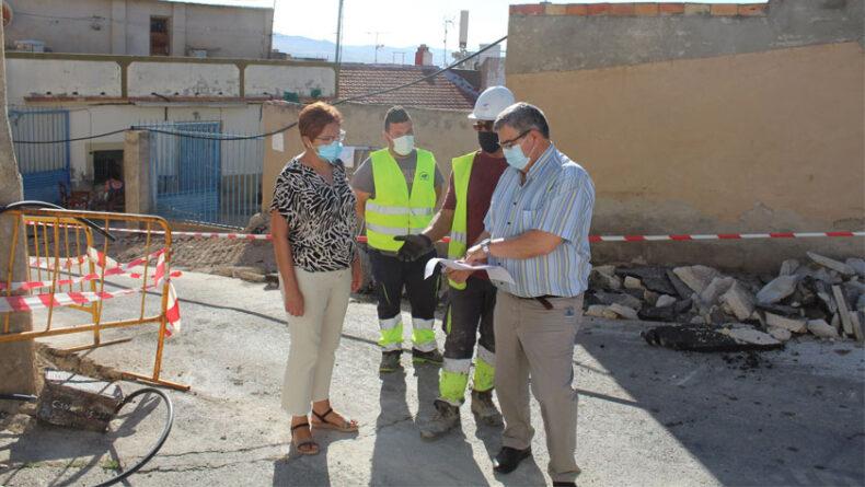 La alcaldesa de Jumilla y el concejal de Obras y Urbanismo visitaron las obras la semana pasada
