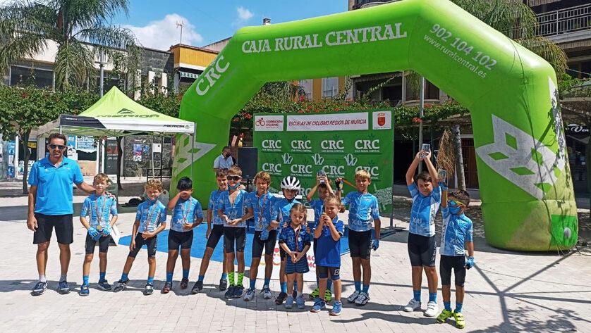 Numerosa participación de los de la Escuela Ciclismo Jumilla en la cita de Beniel