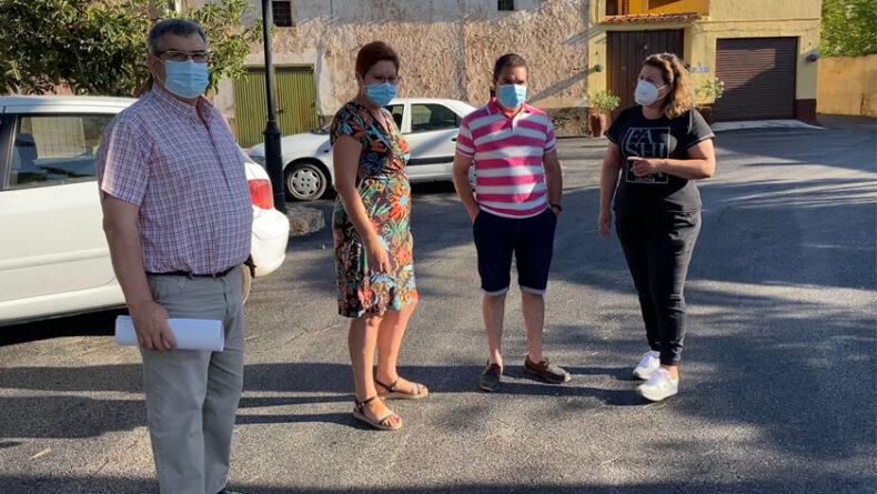 Visita a las obras de la alcaldesa de Jumilla junto al concejal de Obras y la concejala de pedanías junto a uno de los pedaneos