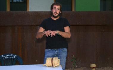 El artesano Antonio Salmerón, trasmite su pasión por el esparto en una charla-taller