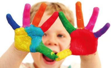 Educación destina 500.000 euros a becas para la escolarización en Infantil