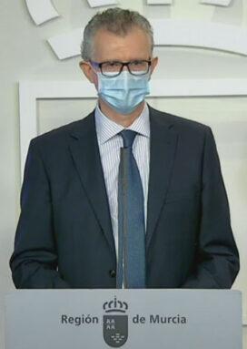 El consejero de Salud, Juan José Pedreño, en su comparecencia de esta mañana