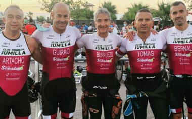 El Club Triatlón Jumilla puso punto y final al verano participando en 3 triatlones