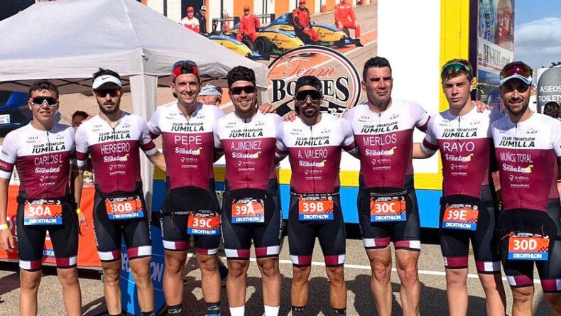 Los dos equipos del Club Triatlón Jumilla en Cartagena