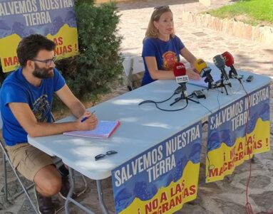 La rueda de prensa se ofreció en el Jardín de los Caños