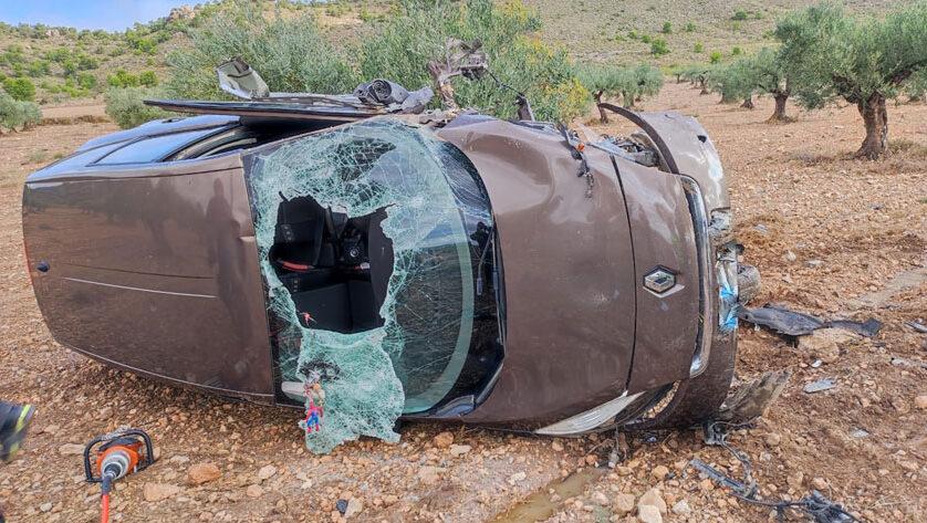Servicios de emergencia atienden y trasladan a tres personas heridas en accidente de tráfico ocurrido en Jumilla