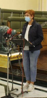 La alcaldesa, Juana Guardiola, ha sido la encargada de leer el manifiesto