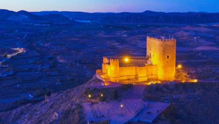 Mañana se realiza una visita guiada nocturna al Castillo de Jumilla