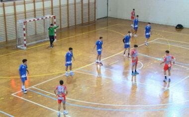 Dura derrota del Club Balonmano Jumilla Juvenil en su primer partido en casa de la temporada (30-40)
