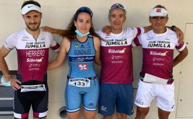 Una travesía, una media maratón y un duatlón fueron las pruebas  en las que participaron los del Club Triatlón Jumilla